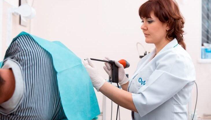 Какой врач занимается лечением геморроя у мужчин и у женщин
